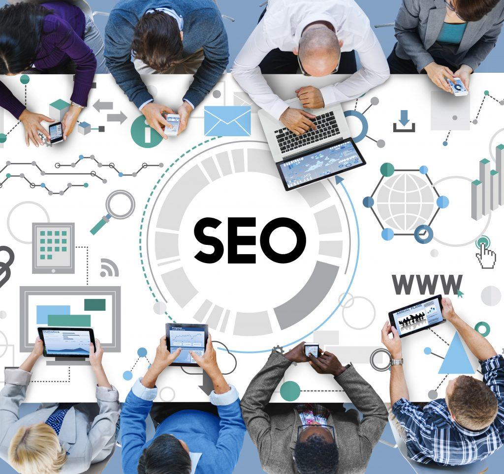 Agence Webmarketing - équipe travaillant sur le SEO